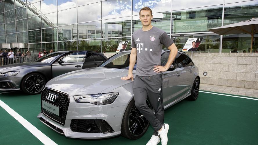 Audi - Les joueurs du Bayern Munich prennent possession de leur voiture pour la saison