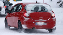 2013 Opel Corsa facelift spy photo 07.02.2013 / Automedia