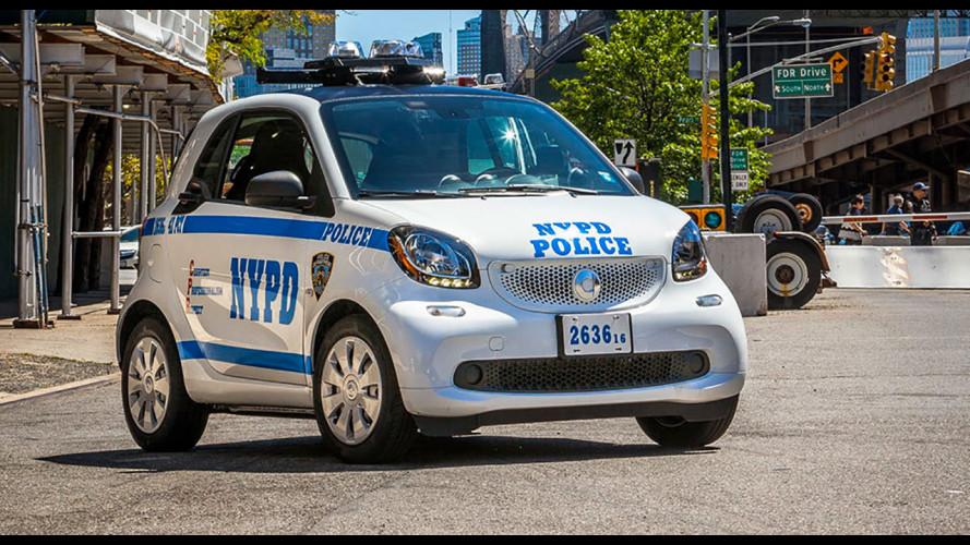 smart fortwo, a New York è l'auto della Polizia