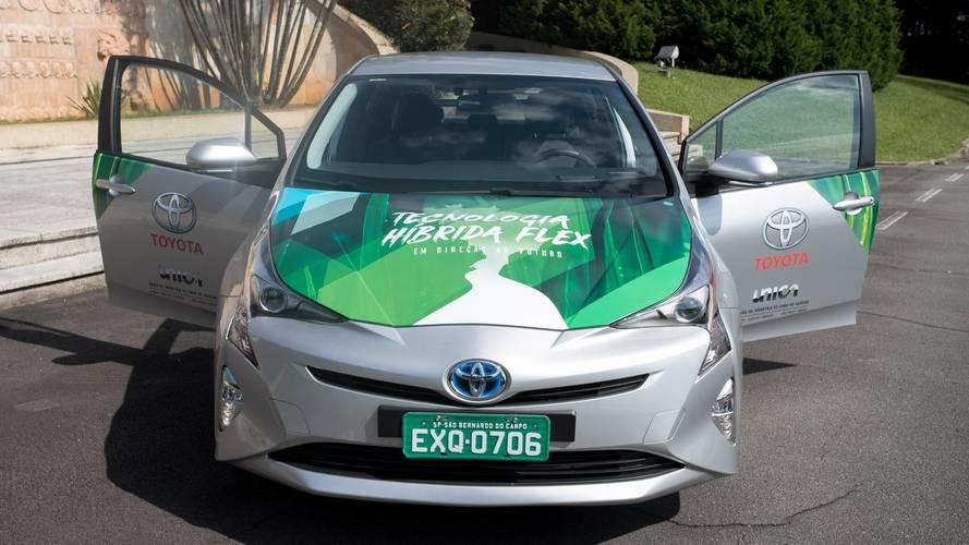 Toyota Prius se torna o primeiro híbrido flex do mundo