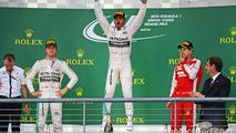 US GP: Hamilton claims third world title, wins crash-filled race