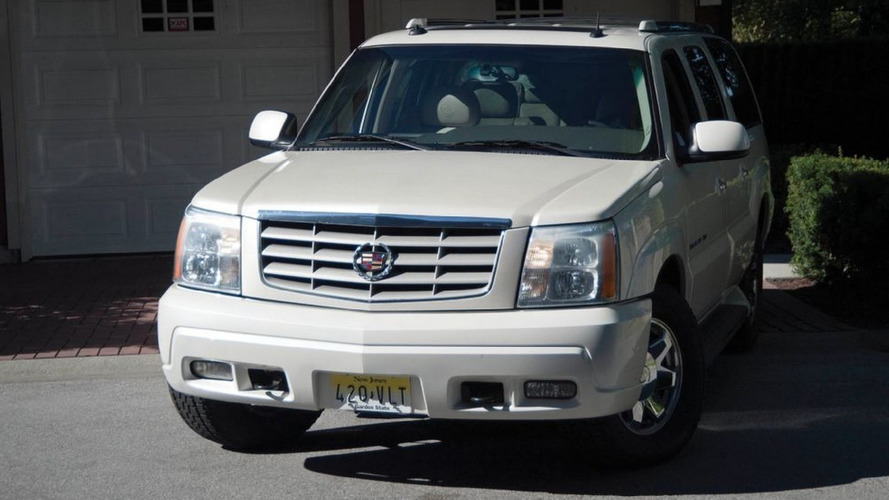 2003 Cadillac Escalade from The Sopranos auctioned for almost $120,000