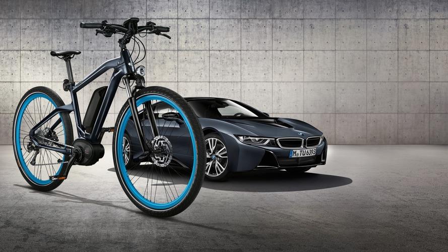 BMW Cruise e-Bike i8 Protonic Dark Silver Edition ile aynı görünüyor