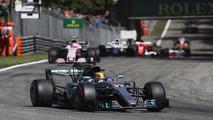 Lewis Hamilton, Mercedes AMG F1 W08, Esteban Ocon, Sahara Force India F1 VJM10, Lance Stroll, Williams FW40, at the start of the race