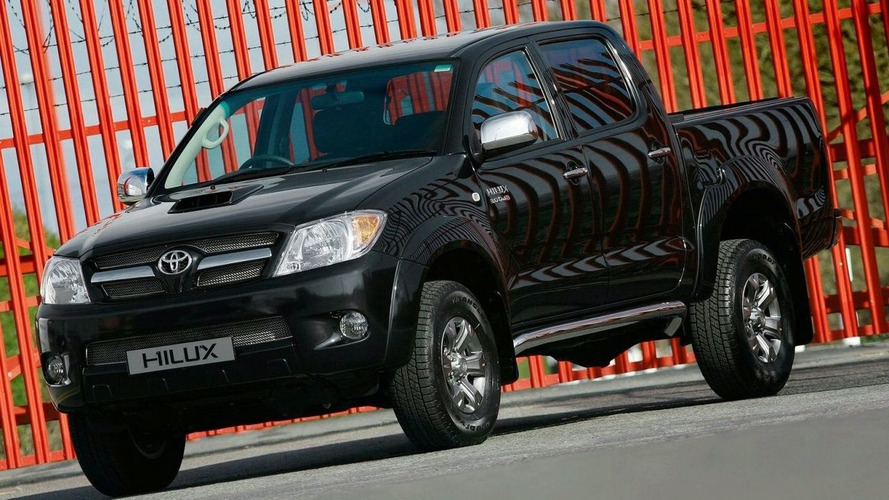 197 hp Toyota Hilux to Debut at UK CV Show