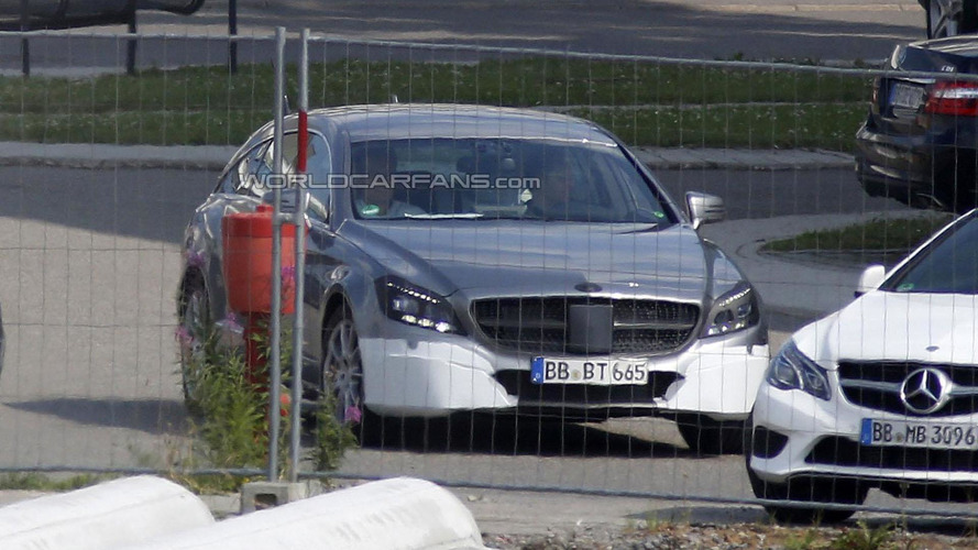 2015 Mercedes CLS Shooting Brake facelift spied for the first time