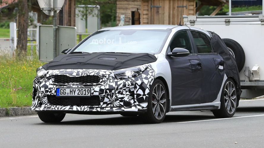 2019 Kia Ceed GT Drops Some Camo In New Spy Shots