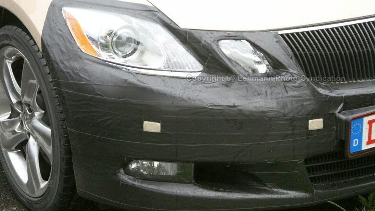 Lexus GS Facelift Prototype spy photos
