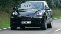 Second Gen Porsche Cayenne Showing its Curves