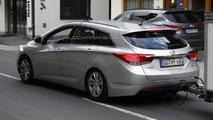 2015 Hyundai i40 facelift spy photo