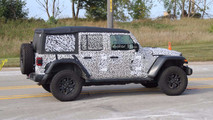 Jeep Wrangler Unlimited Rubicon spy photo