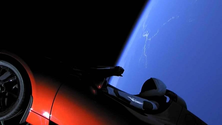 Tesla Roadster uzayda