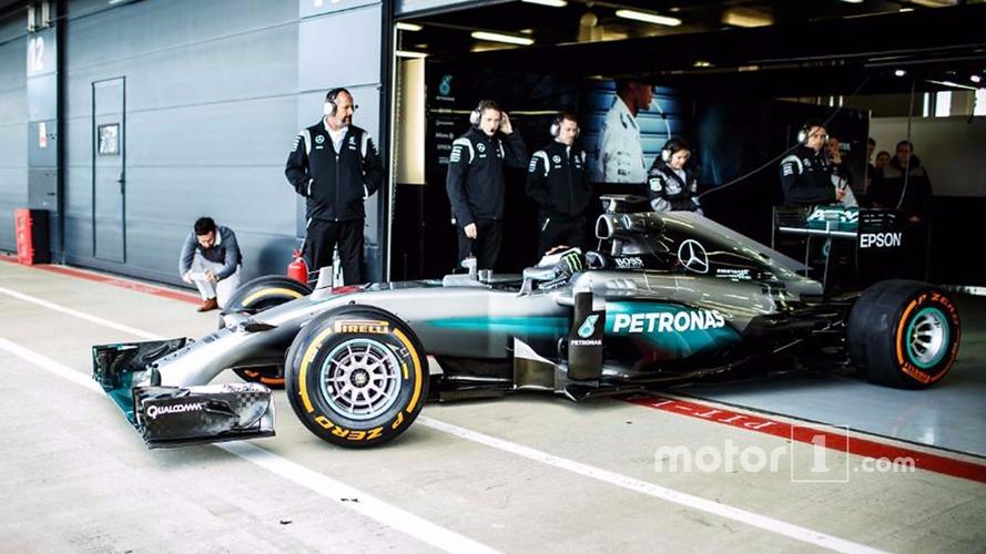 Jorge Lorenzo a piloté la Mercedes F1 à Silverstone