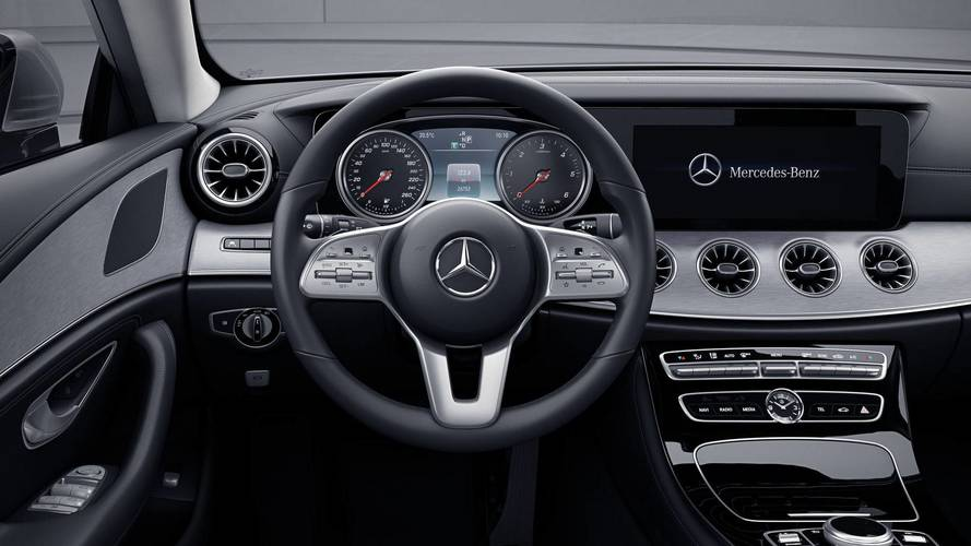 See The Mercedes CLS Without The Nifty All-Digital Driver's Display