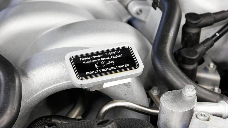 Bentley Mulsanne Engine Detailed