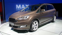 Ford Grand C-MAX live at Paris Motor Show