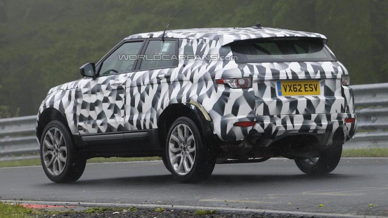 2015 Land Rover Freelander mule spy photo