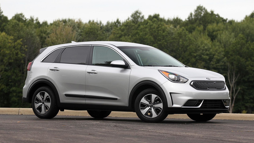2017 Kia Niro FE Review: The Mass Appeal Hybrid