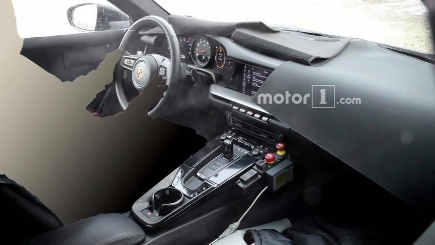Photos espion - Découvrez l'intérieur de la prochaine Porsche 911