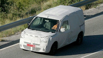 Renault Kangoo Spy Photos