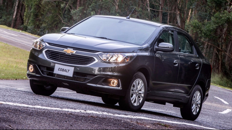 Sedãs compactos mais vendidos: Cobalt reduz diferença para o Etios; Fiesta perde do Lifan 530