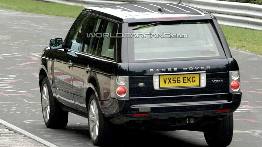 Range Rover Facelift Spied Fine Tuning New Engine Units