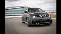 Nissan Juke-R 2.0, in pista col mostro da 600 CV [VIDEO]