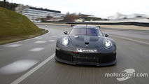 Porsche rolls out 911 RSR successor for 2017