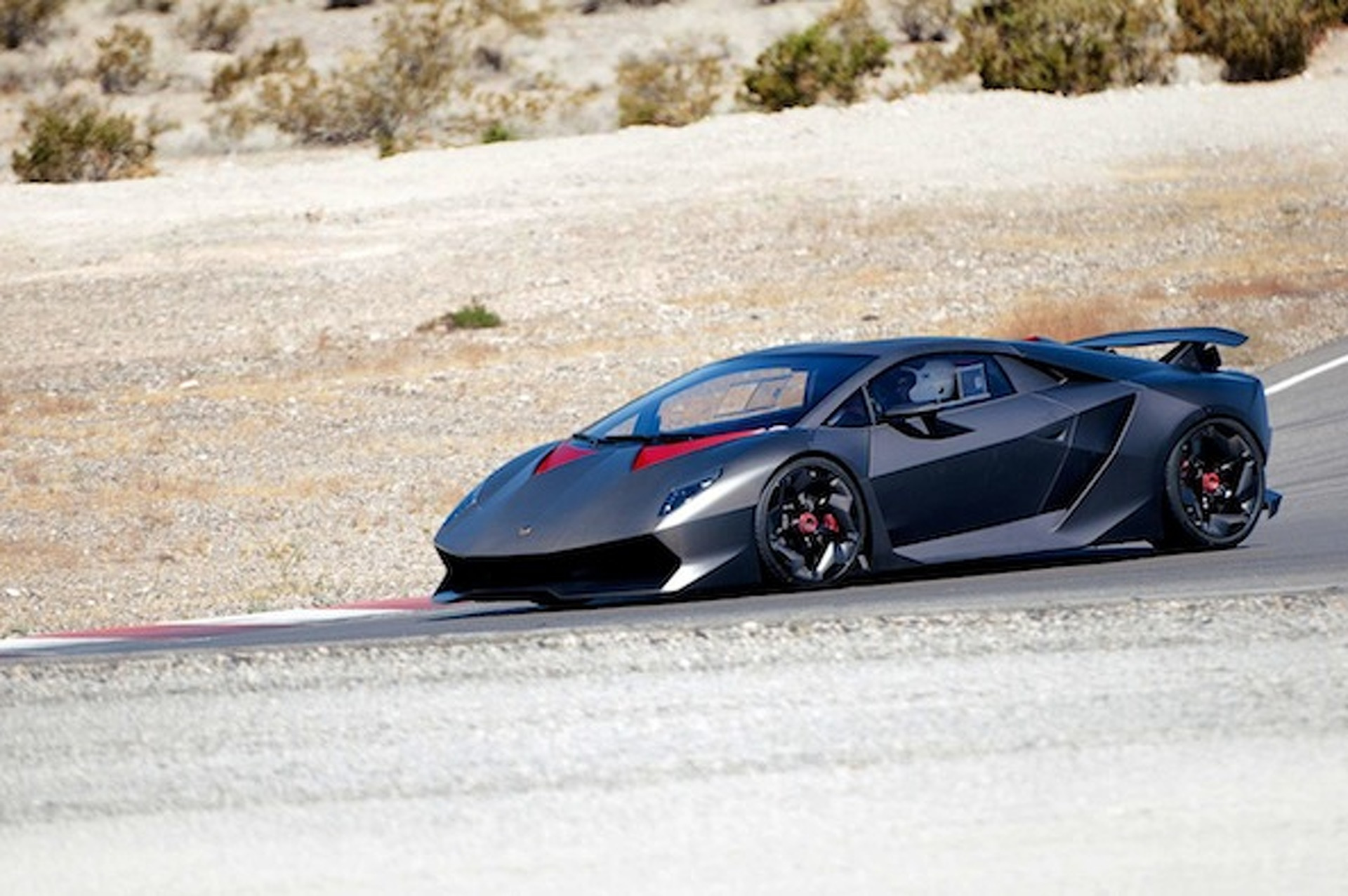 Lamborghini Sesto Elemento Soaking up the Vegas Sun