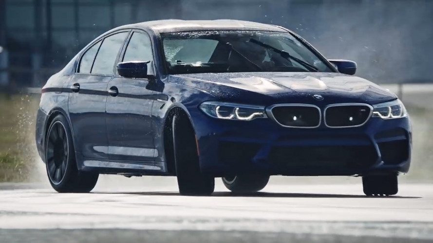 BMW M5, nuovo record in drifting
