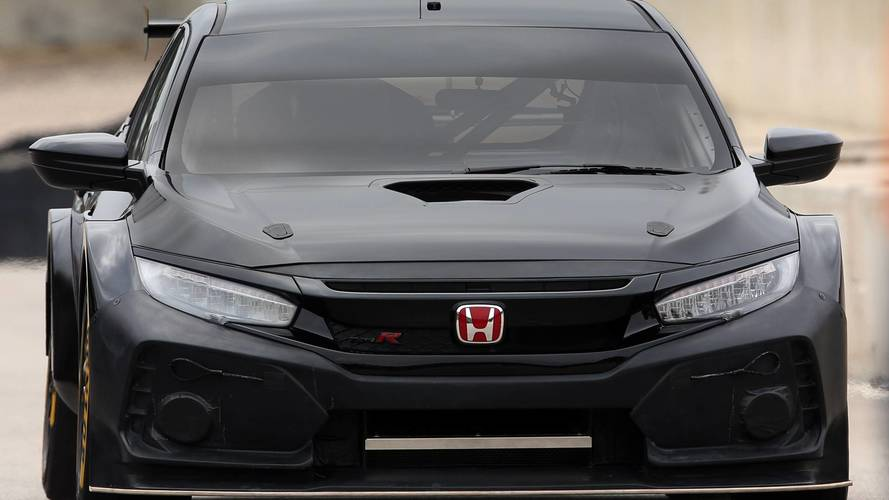 New Civic Type-R BTCC racer debuts in Spain