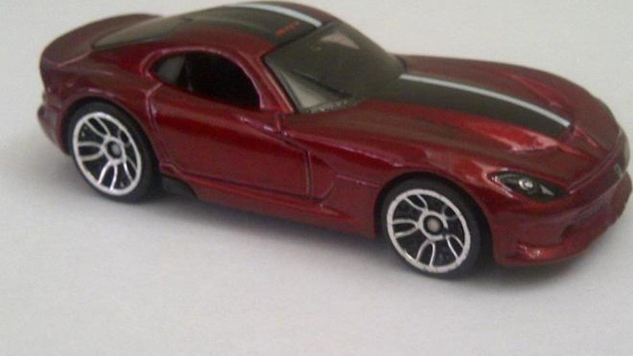 2013 SRT Viper Hot Wheels die cast model leaked image