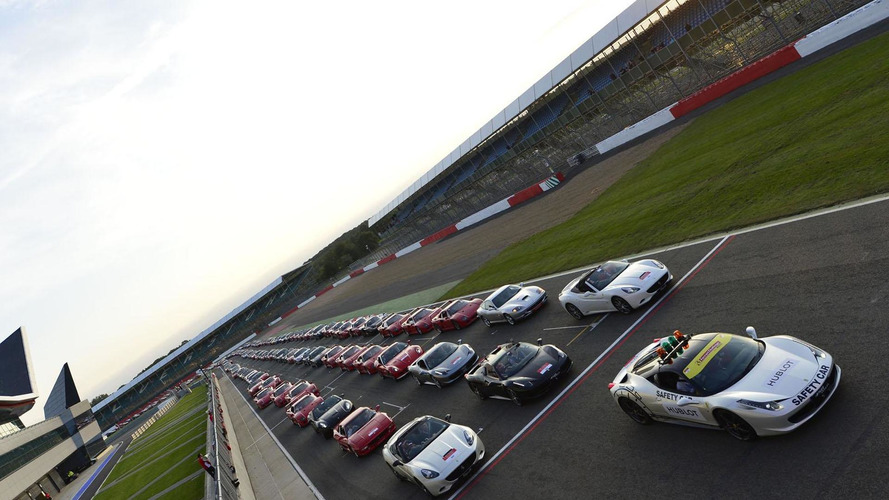 World's largest Ferrari parade held at Silverstone [video]