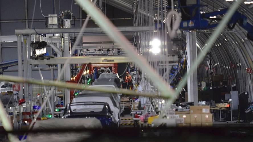 Tesla Tent Model 3