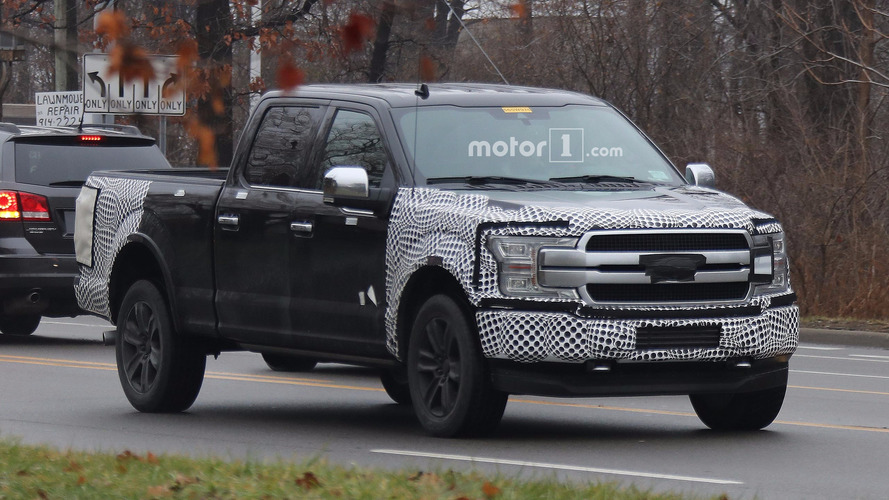 2018 Ford F-150 facelift spied on the road