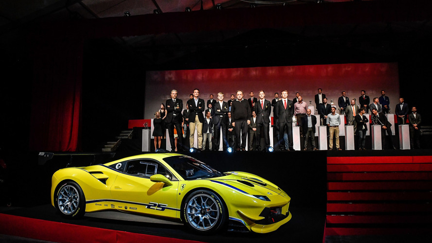 Ferrari présente sa nouvelle 488 Challenge aux Finali Mondiali, à Daytona