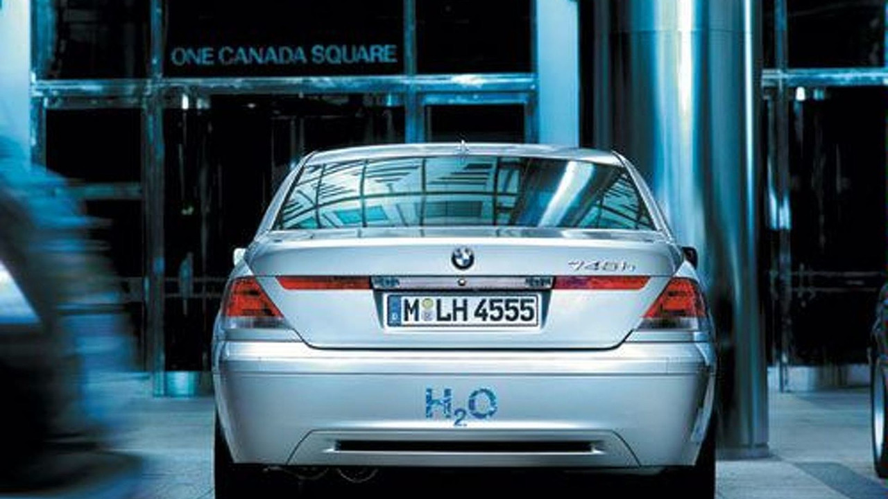 BMW Hydrogen Powered 745h