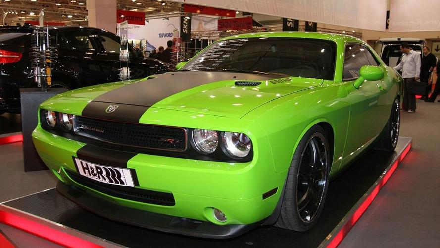 GeigerCars.de shows Dodge Challenger SRT8 in Essen