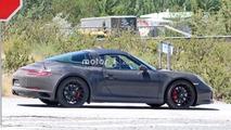 Makyajlı Porsche 911 Targa GTS Casus Fotoğrafları