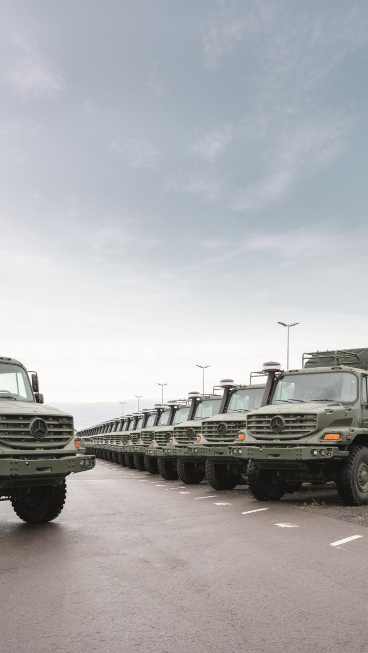 Military grade Mercedes-Benz Unimog, Actros