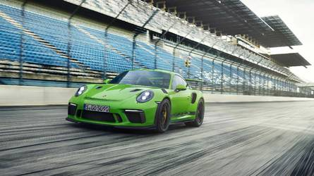 Porsche 911 GT3 RS Is Official With 520 HP, 0-62 In 3.2 Seconds