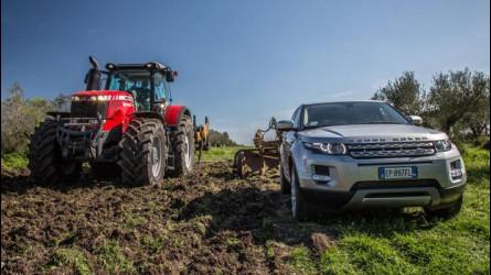Range Rover Evoque: la prova dell'aratro e... del pesce [VIDEO]