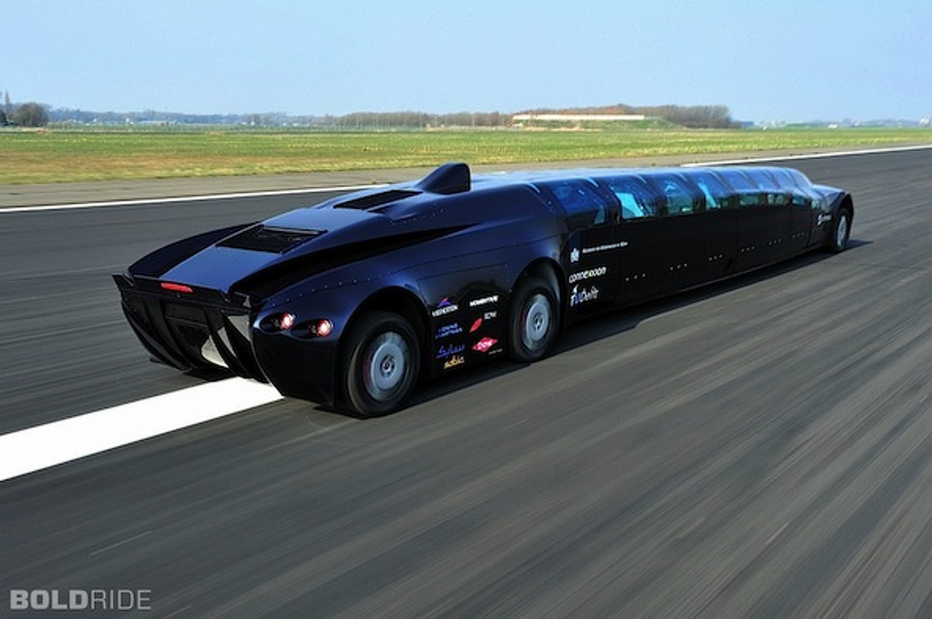 Back to School Blues? Superbus Should Lighten Your Mood [w/video]