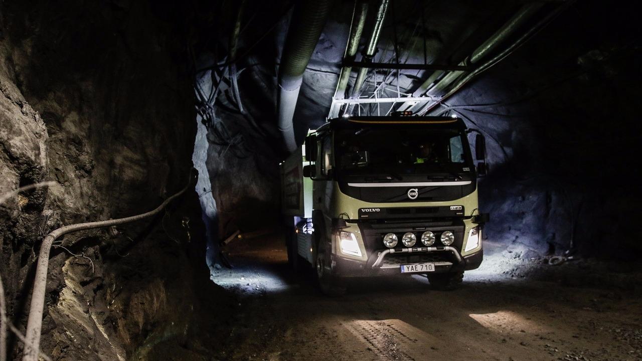 Otonom Volvo FMX maden testi