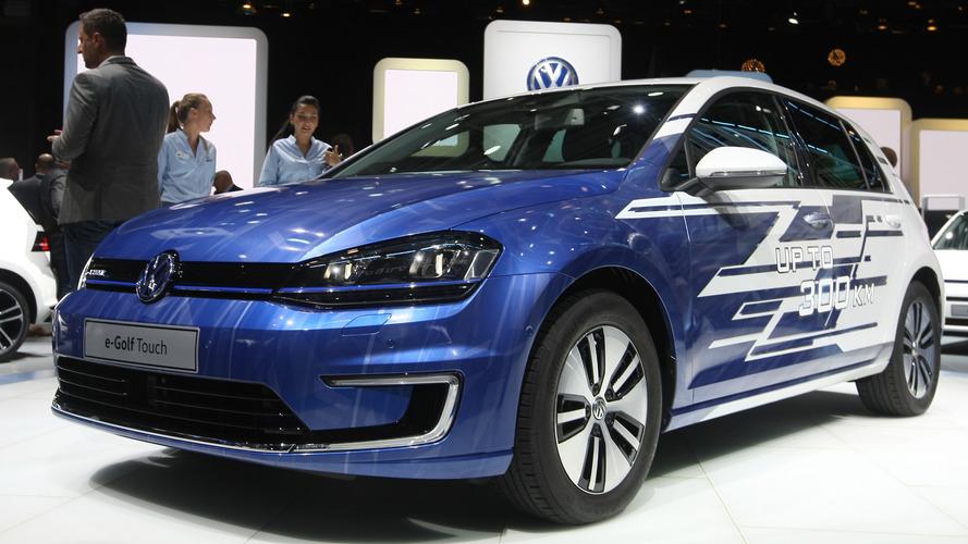 VW Paris'e makyajlı kasa yerine e-Golf Touch'ı getirdi