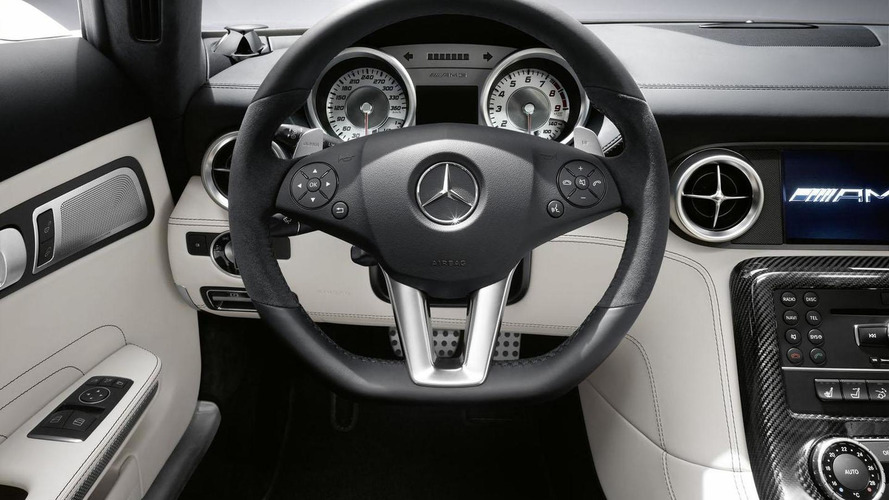 Jay Leno test drives the Mercedes SLS AMG Roadster [video]