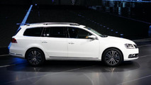 2011 Volkswagen Passat facelift live in Paris 30.09.2010