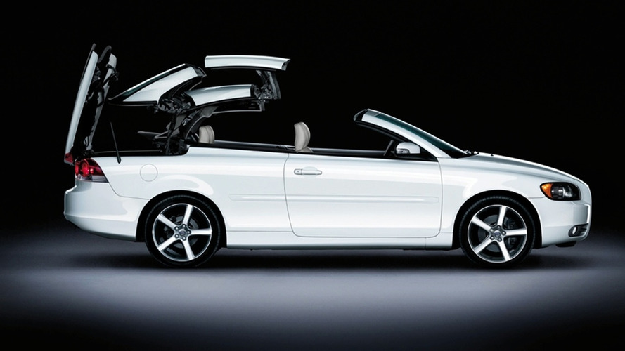 Volvo Launches Ice White C70 Coupe-Convertible (UK)