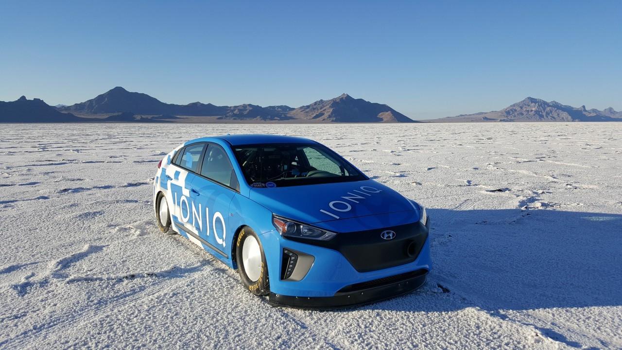 Hyundai Ioniq, record di velocità 001