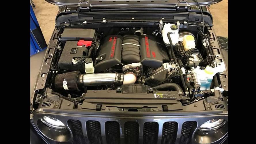 Birileri Corvette motorunu Jeep Wrangler'a koymuş bile!